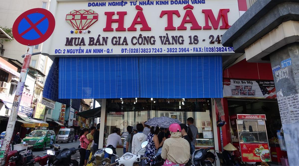 Ha Tam geld wisselen in Ho Chi Minh City