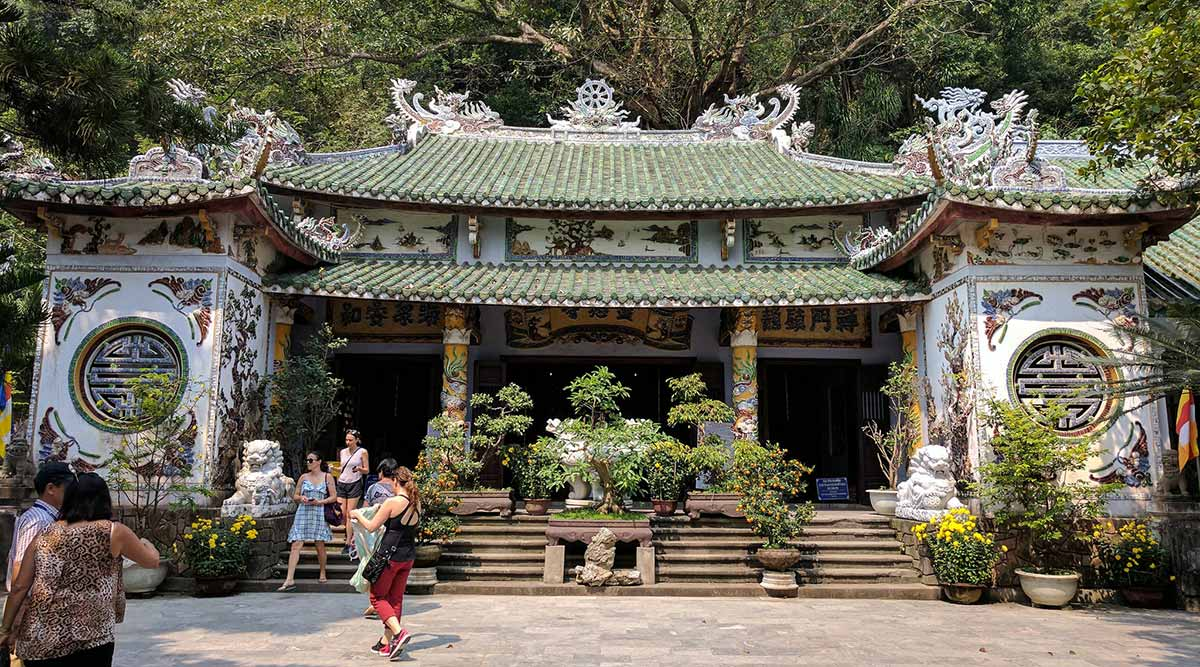 Linh Youth Pagoda tempel op de Marble Mountains