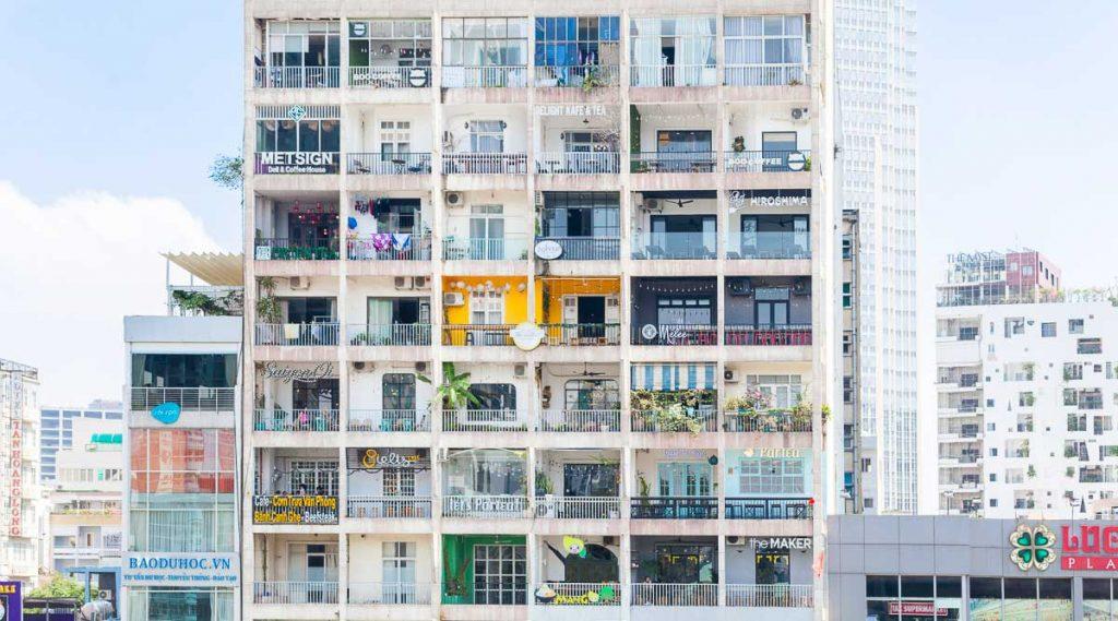 Nguyen Hue Walking Street Cafe Apartment