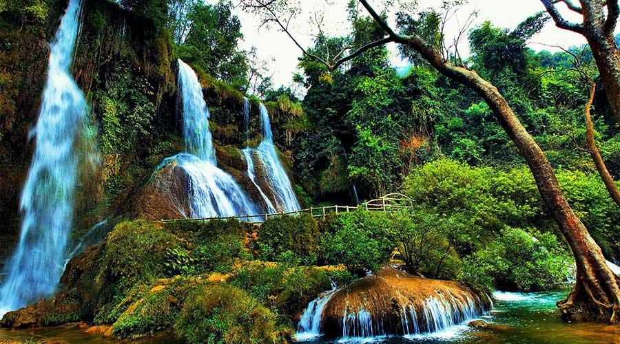 Dai Yem waterval Moc Chau
