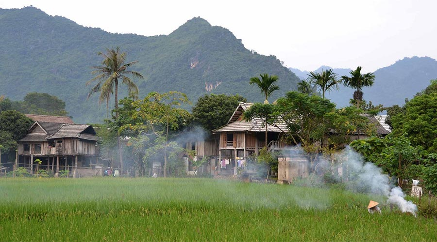 Lac Village Mai Chau