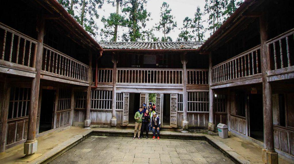 Meo King Palace
