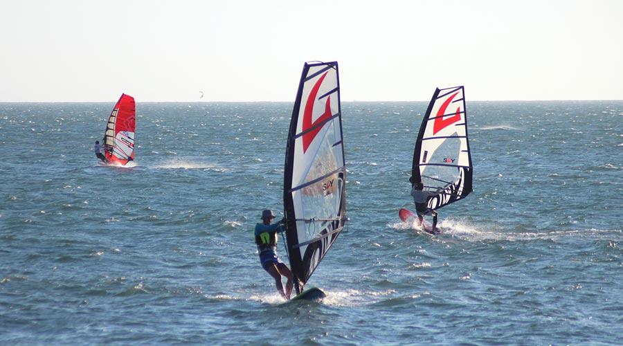 Mui Ne windsurfen
