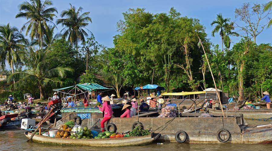 Phong Dien Floating Market