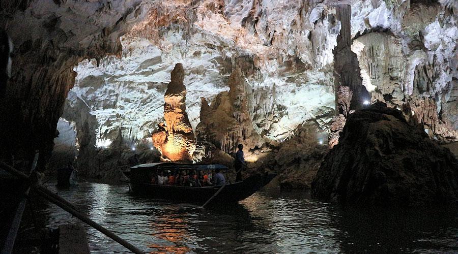 Phong Nha grot
