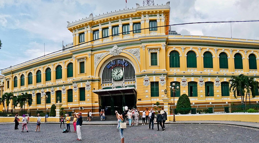 Het hoofdpostkantoor (Saigon Central Post Office)