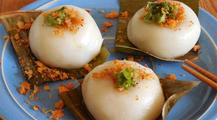 Bánh ít trần: Met bonen gevulde dumplings.