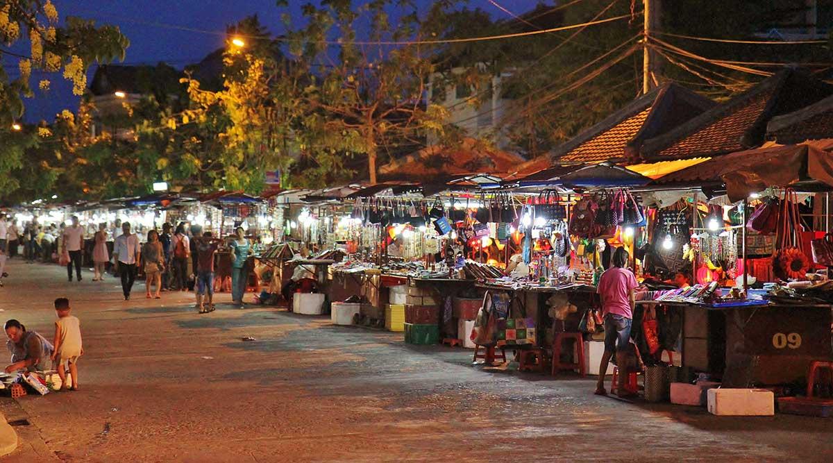 avond/nachtmarkt in Hoi An