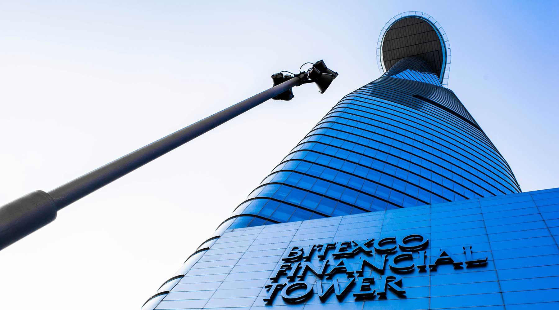 Bitexco Tower en Skydeck