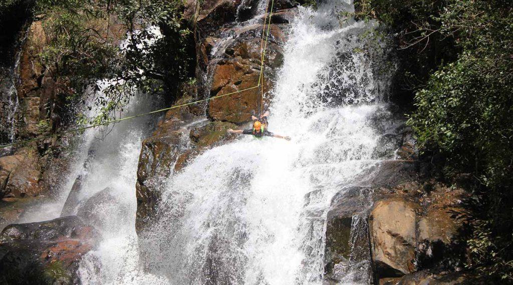 Canyoning in Dalat bij Datanla waterval