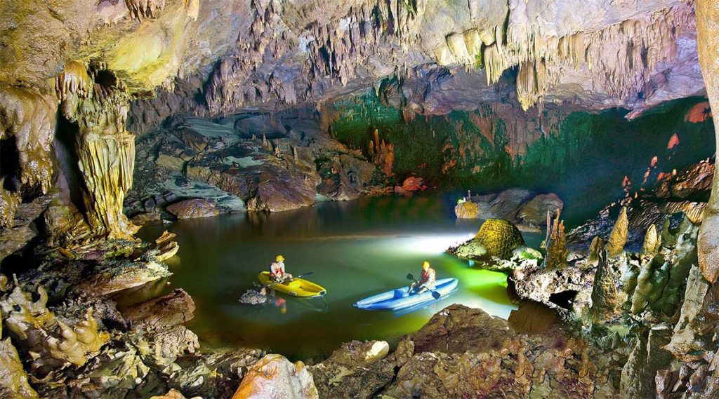 Phong Nha cave kajakken
