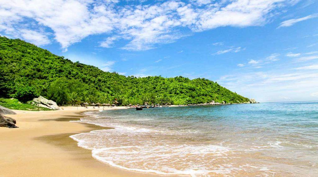 strand op Cham Island