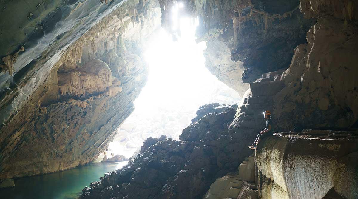 Tra Ang cave Vietnam
