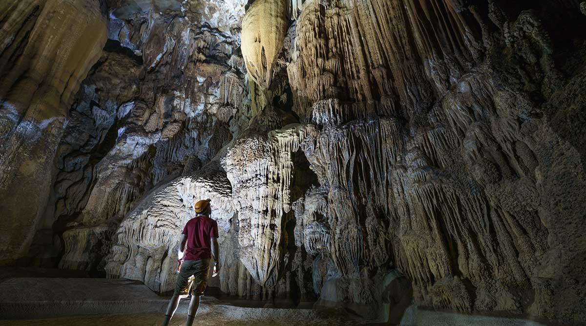Tra Ang grot