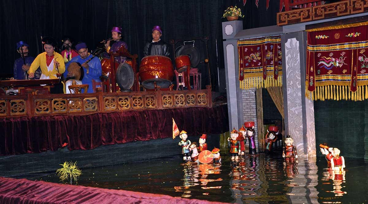 waterpoppenshow in Hanoi