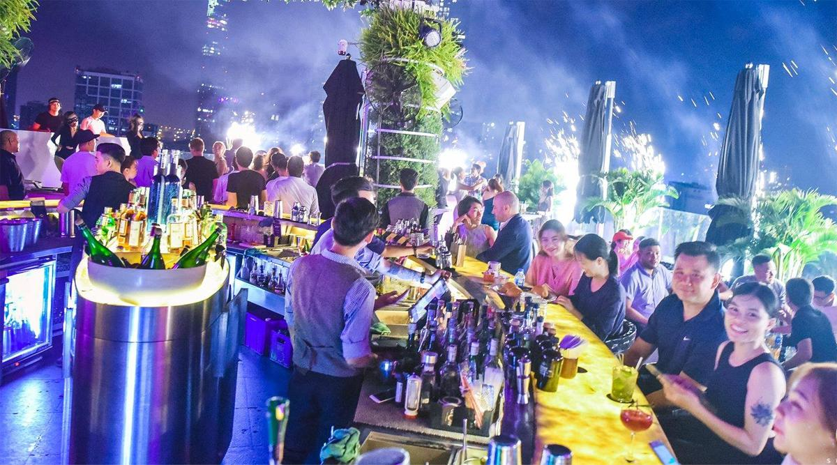 Glow Skybar in Ho Chi Minh City