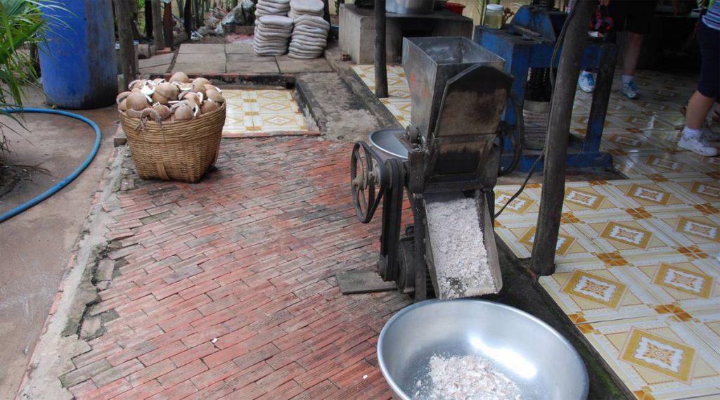 kokosnoot snoepjesfabriek in Ben Tre