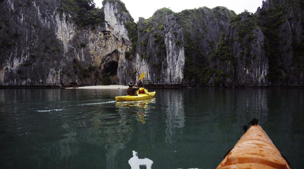 kajakken in Lan Ha Bay