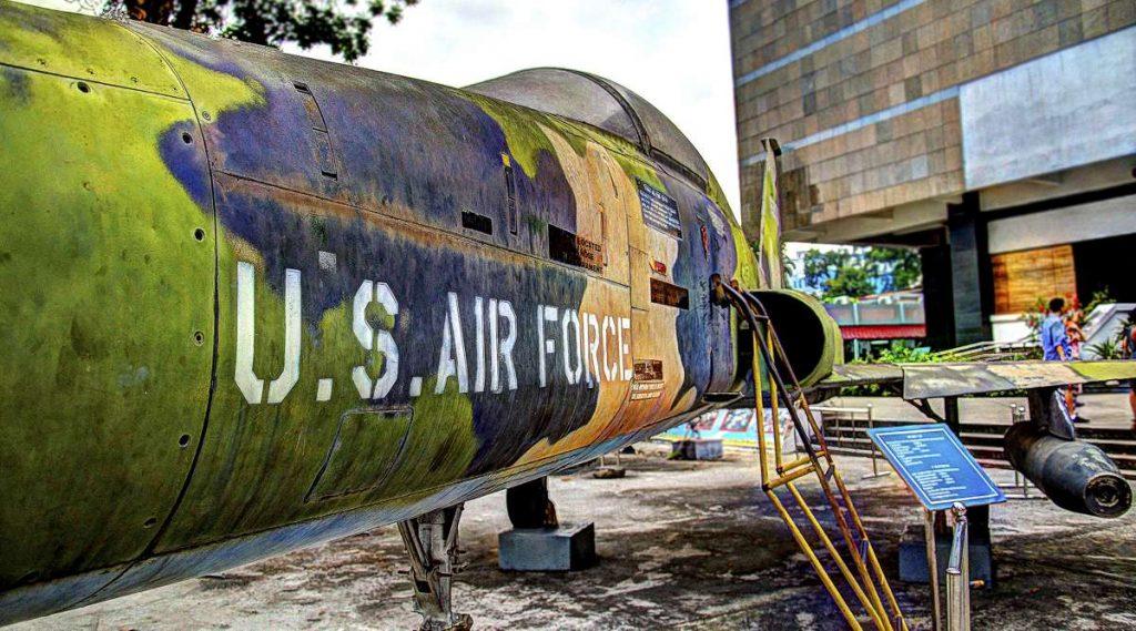 straaljager in het War Remnants Museum