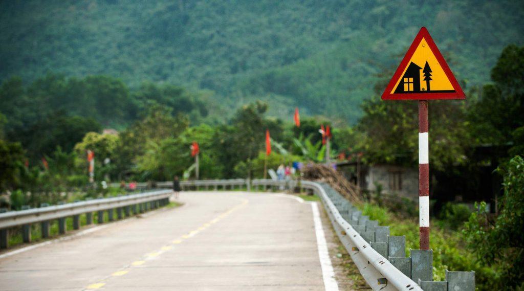 Van Phong Nha naar Ninh Binh