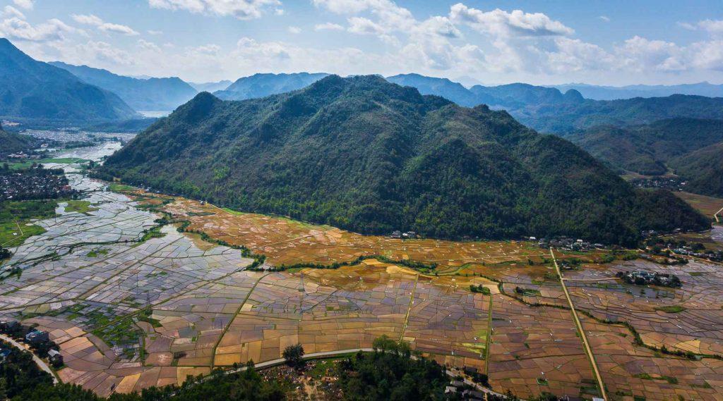 Thung Khe pass in Mai Chau