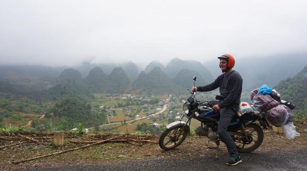 Du GIa weg in Ha Giang