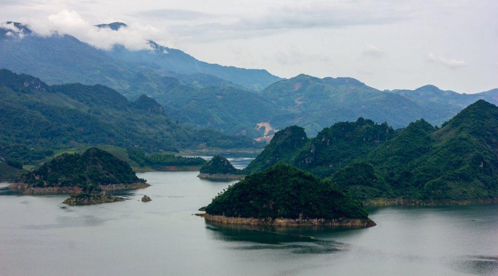 Hoa Binh meer Mai Chau