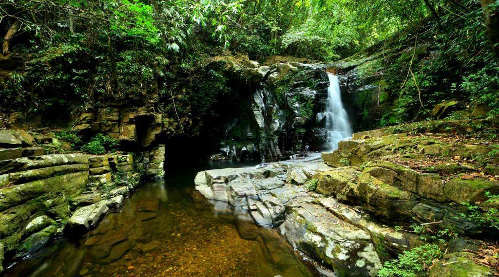 Bach Ma National Park