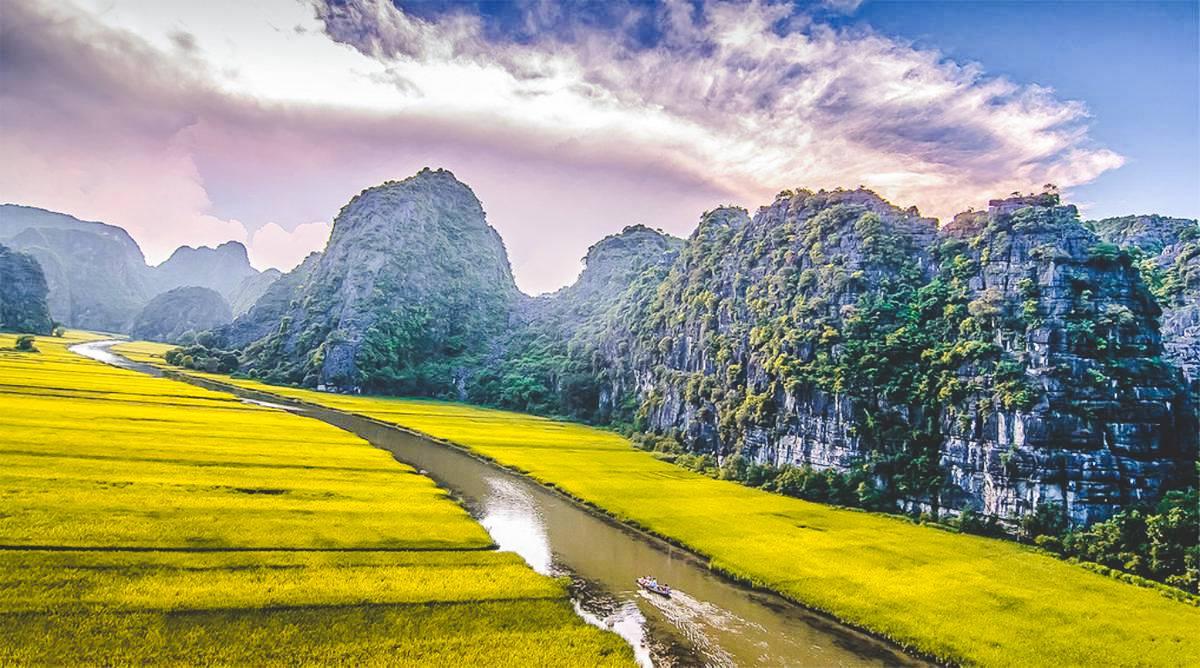 Tam Coc boot tour - Ninh Binh