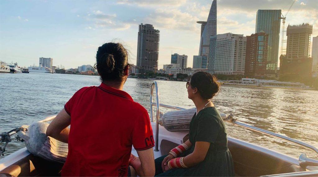 speedboat zonsondergang Ho Chi Minh City