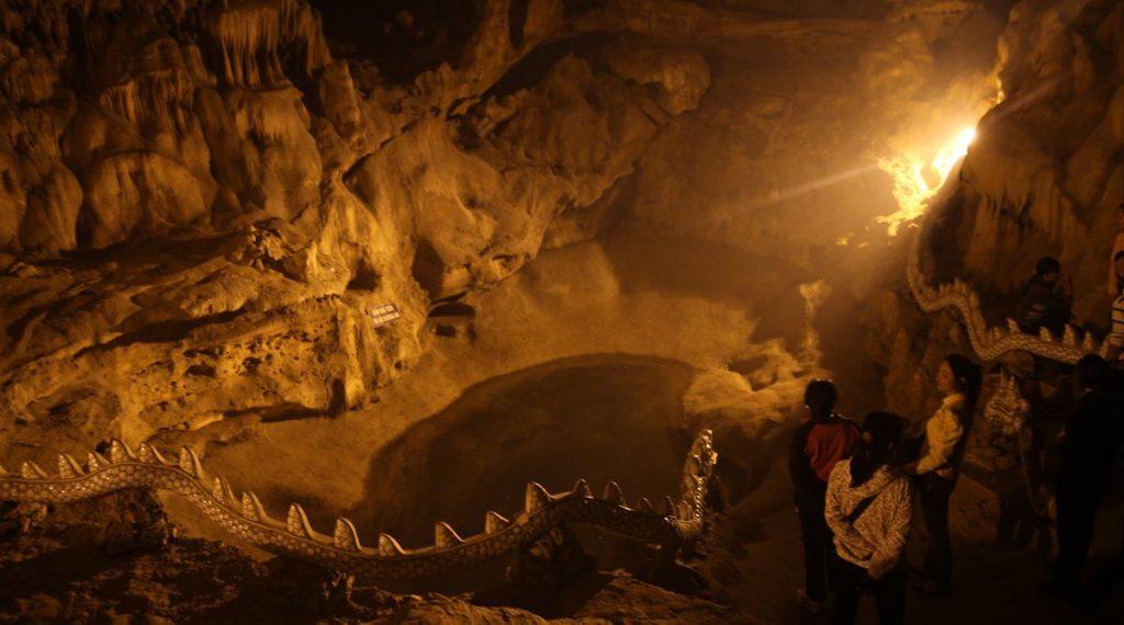 Bai Dinh grot
