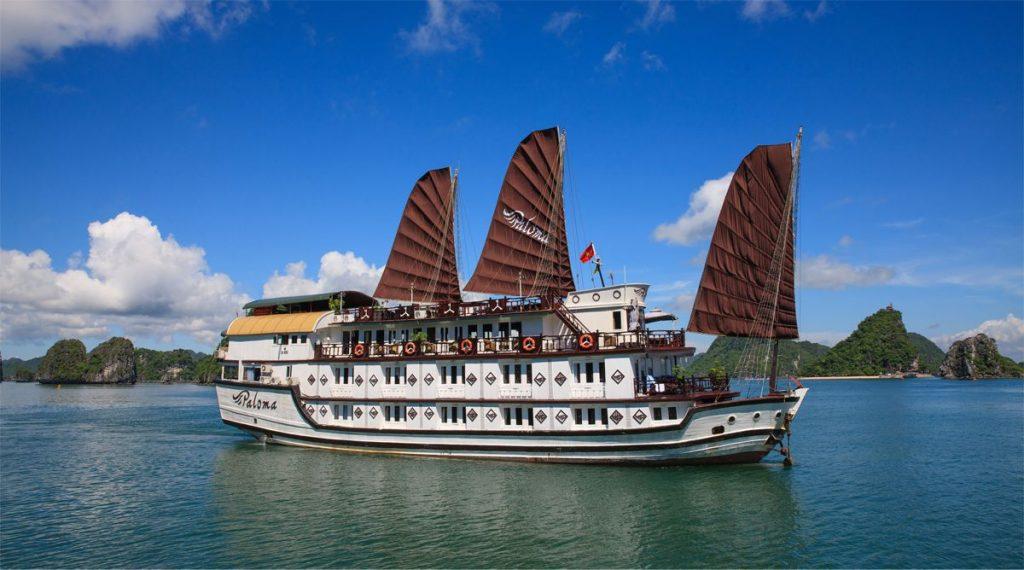 Paloma Bai Tu Long Bay cruise