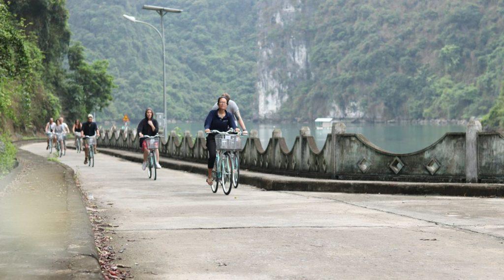 fietsen in Cat Ba