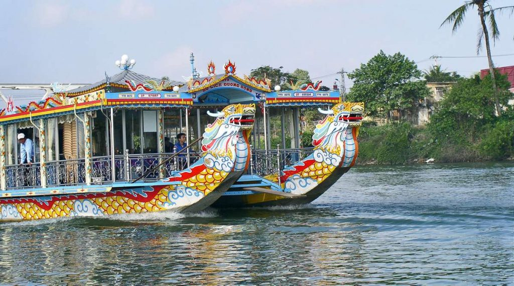 drankenboot tour Hue