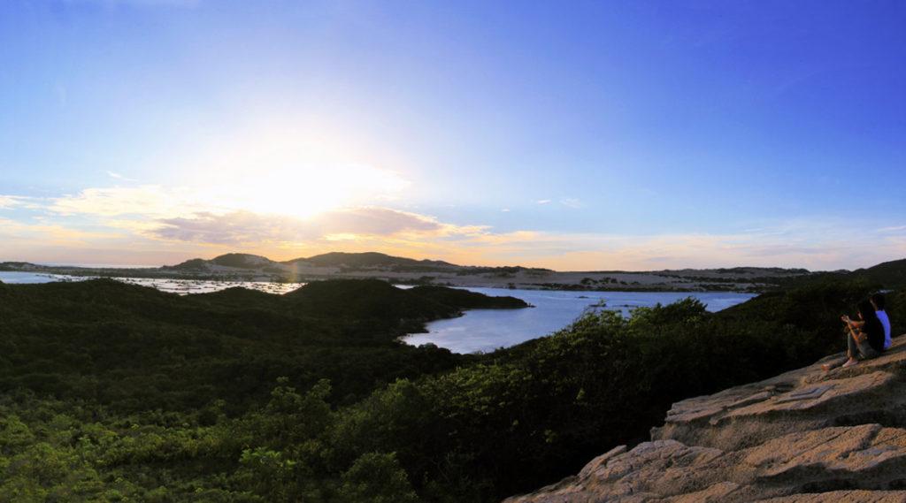 viewpoint Whale Island