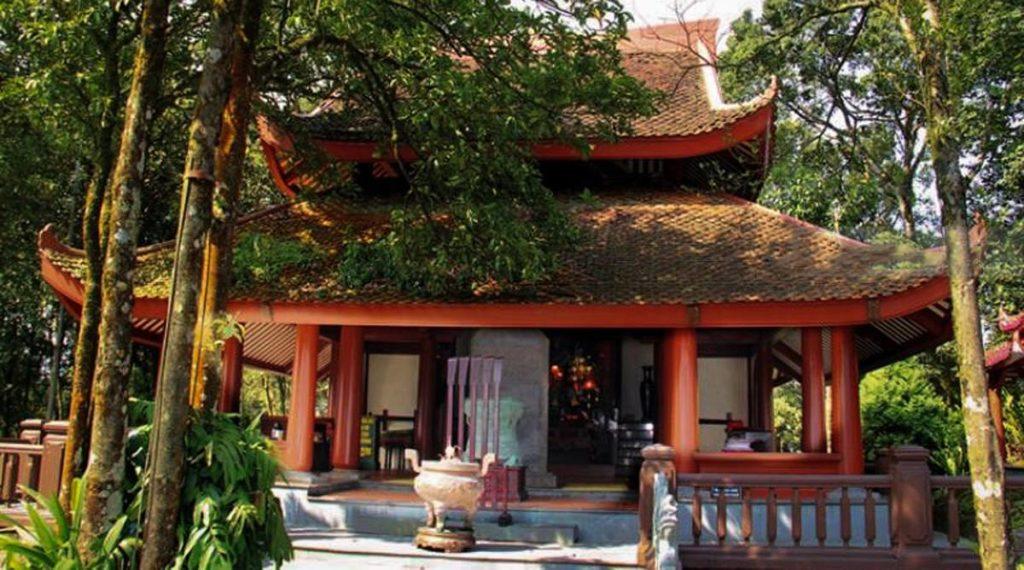 Tempel op Ba Vi