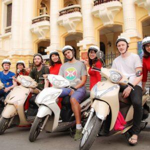 Halve dag Hanoi Foodie Tour per motor