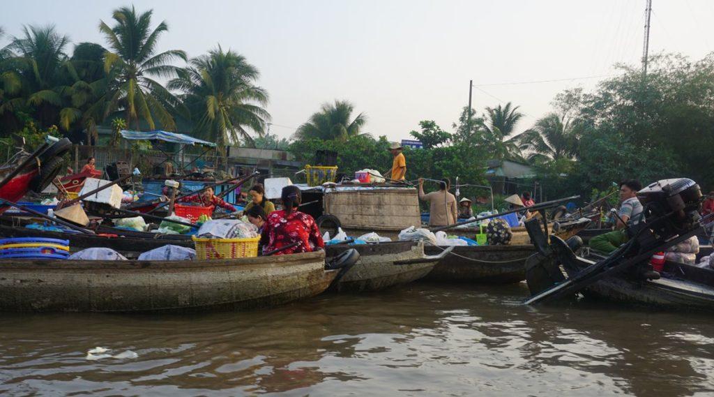 Phong Dien drijvende markt