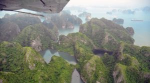 Halong Bay rondvlucht