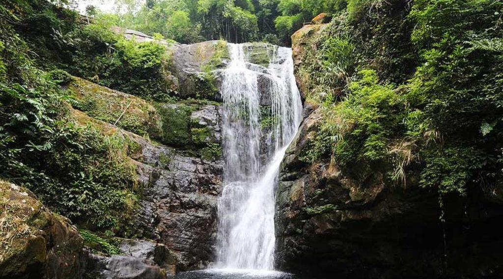 Khe Tien waterval