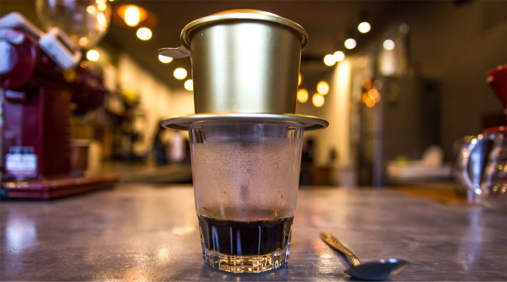 stap 6 Vietnamese koffie maken