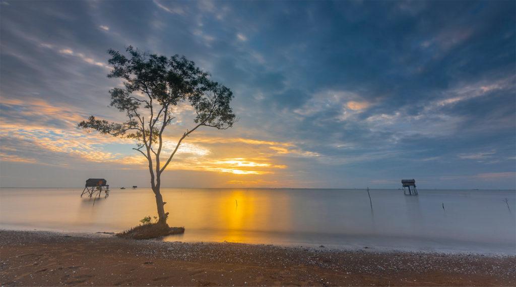 Tan Thanh strand