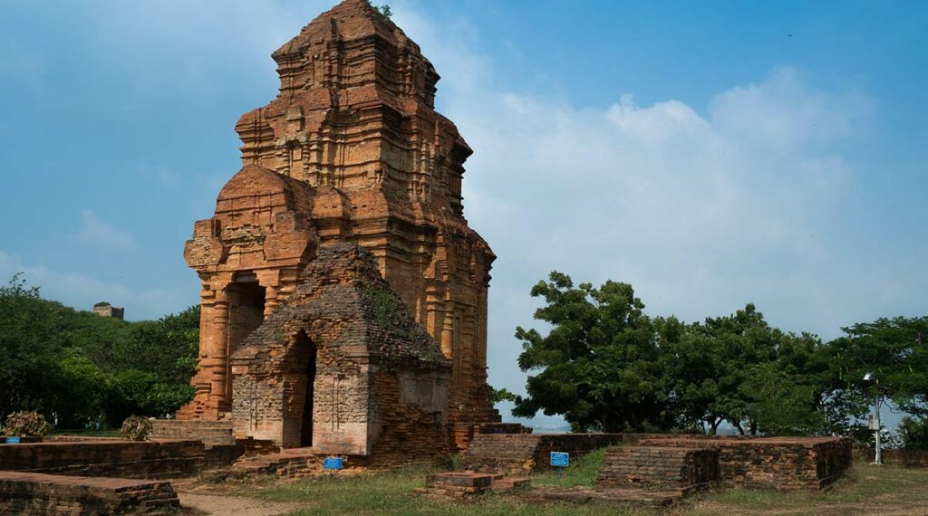 Po Shanu Cham toren Mui Ne